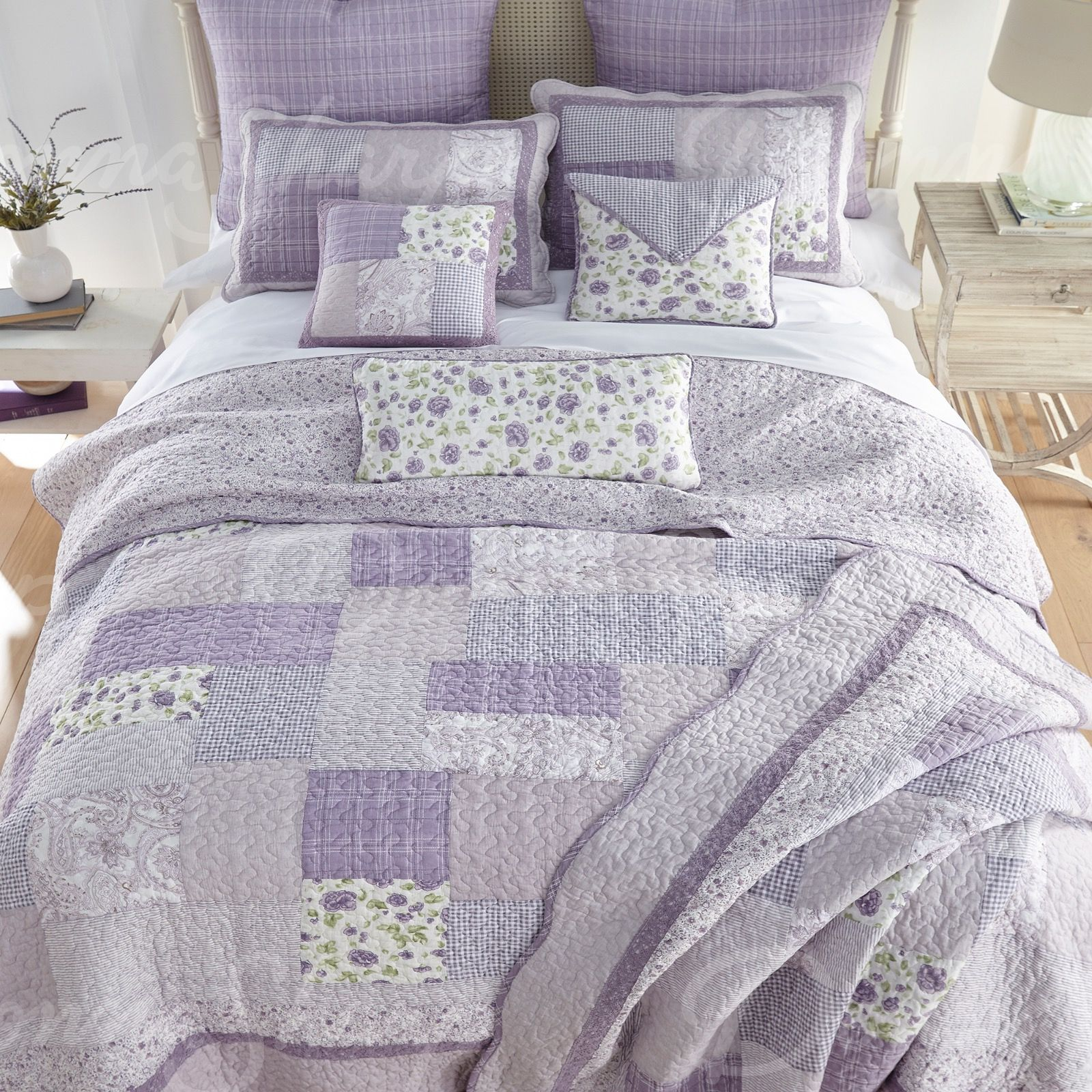 Lavender Rose Patchwork Quilt By Donna Sharp